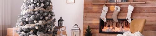 Kerstboom aftuigen en opruimen; kies een echte of kunstboom